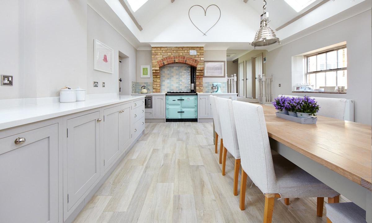 Kitchens beautiful family kitchens 010 big beautiful kitchen - Cool Purbeck Stone Willow Bank